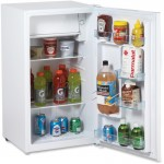 Model - 3.3 Cu. Ft. Refrigerator with Chiller Compartment - White RM3306W